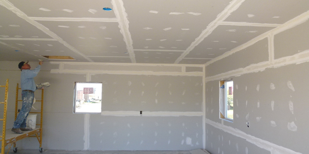Drywall repair and installation in southern maine for Cost of building a house in southern maine